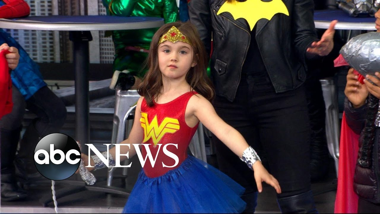 How to make last-minute DIY superhero costumes for kids - YouTube