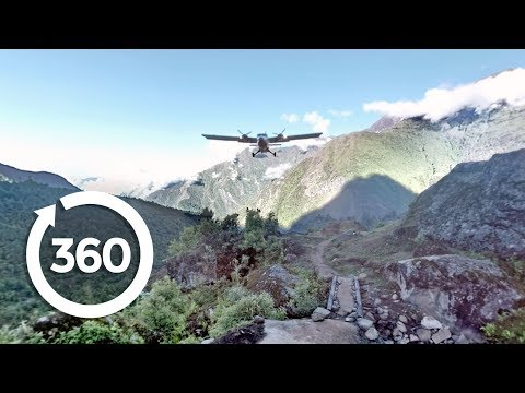 Take Off From The World's Most Dangerous Airport in 360° Virtual Reality! (360 Video)