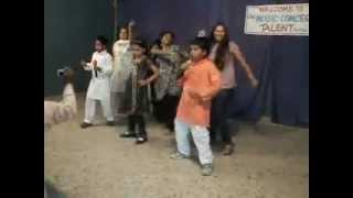 Danbo International Primary School pupils performing an Indian Song.avi