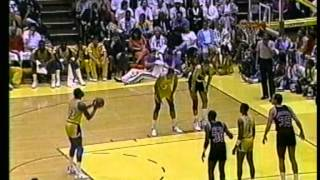Magic Johnson 30 pts,16 ast vs Clyde Drexler 30 pts, playoffs 1989 lakers vs blazers game 1