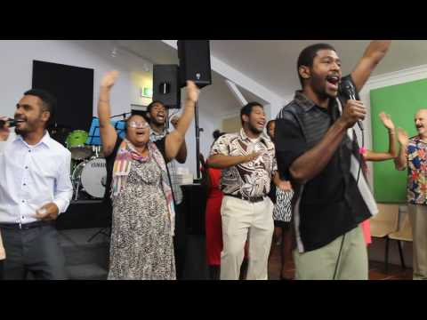 Sing Sing Sing - PNG Tafe Students at Living Light Gospel Church - 21.08.2016