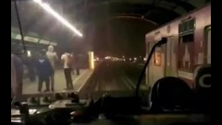 Cazanoticias captó a sujeto lanzándose a la línea del Metro - CHV NOTICIAS