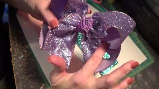 Large Glitter Bow Tutorial