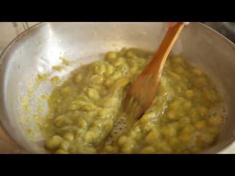 Приготовление зеленого ткемали. Грузинская кухня