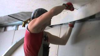 Двухуровневый потолок с переходом на стену (монтаж).(В ролике показан монтаж двухуровневой потолочной конструкции из гипсокартона с плавным переходом на стену..., 2015-02-13T16:28:48.000Z)