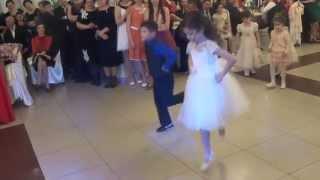 Sandu i Kassandra - подарок для молодых на свадьбе