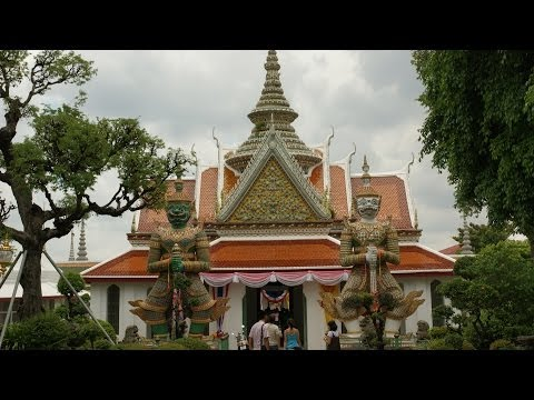 Top 6 Neighborhoods to Visit | Bangkok Travel