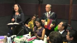 Mujer ranchera, canta con distinción y categoría - Martínez Serrano.