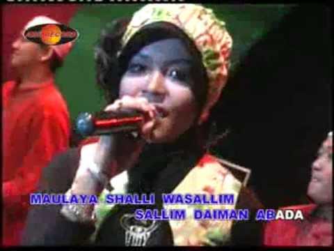 Dian Marshanda - Robbibil Musthofa (Official Music Videos)