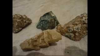 rough diamond in Kimberlite and a range of gem stones