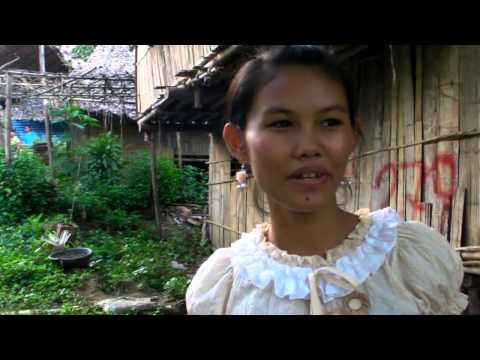 Her name is Peace Sunday / Karen Lady under House Arrest - Mae La Refugee camp, Thailand