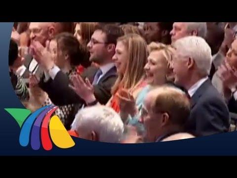 Orquesta Esperanza Azteca cautiva a Bill Clinton