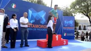 Lety Salazar premia a Ciclistas de la carrera Tamaulipas 2013