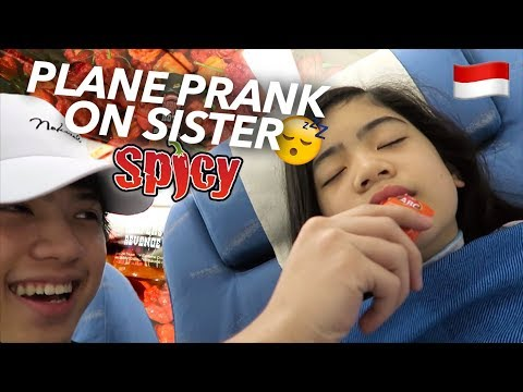 Download Youtube: PLANE PRANKS ON SISTER (Hot Sauce!!) | Ranz and Niana
