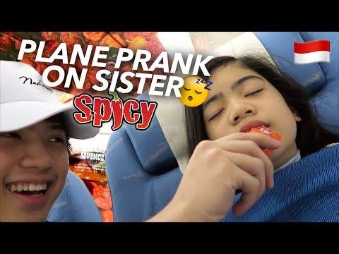PLANE PRANKS ON SISTER (Hot Sauce!!) | Ranz and Niana