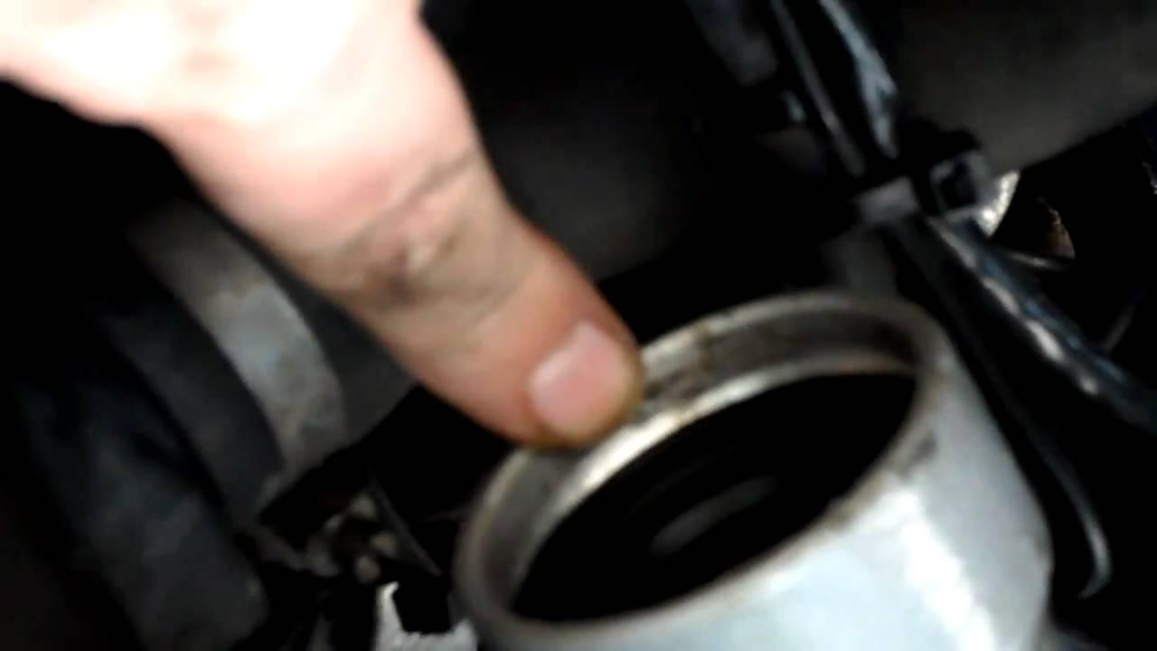 SOLVED: R1150gs fork seal repair/replace - Fixya