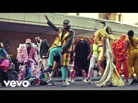 Смотреть клип Patoranking - Open Fire Ft. Busiswa