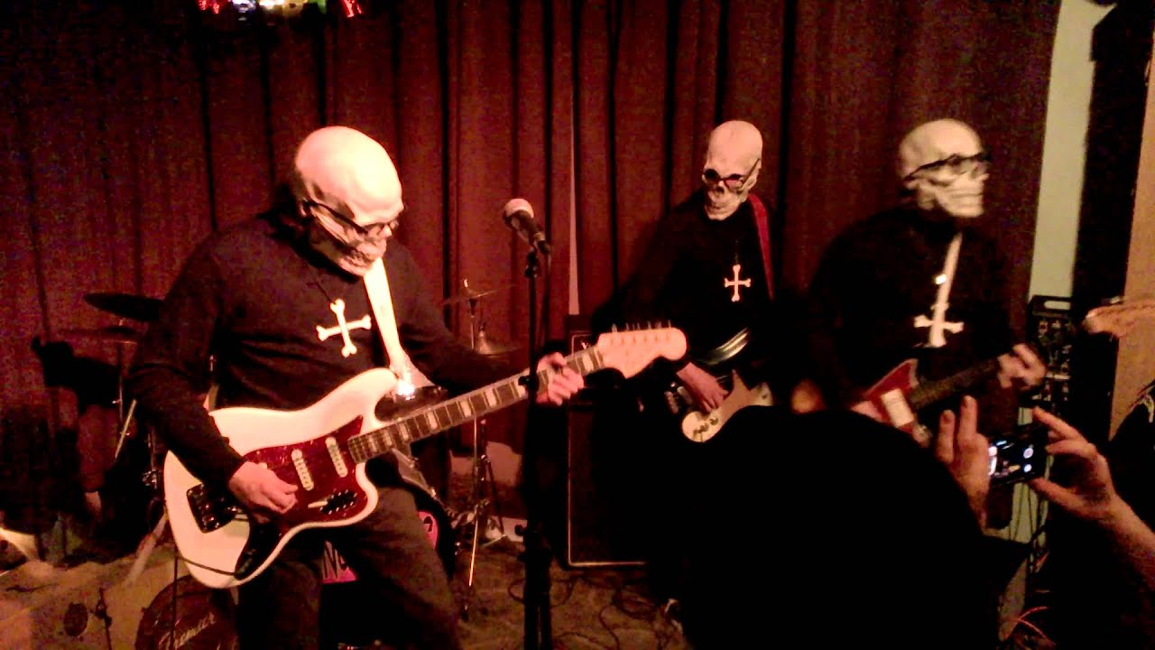 The Concussions Play At Tip Top Deluxe Bar U0026 Grill Grand Rapids, MI