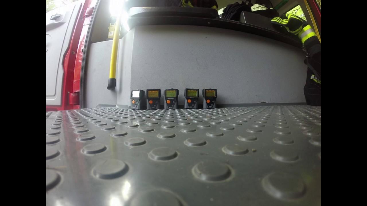 f81924434e21f Alamierung Feuerwehr mit 5 DME`s Swissphone BOSS 910 - YouTube