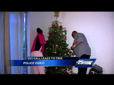 Boynton Beach police officers donate Christmas tree after 911 call