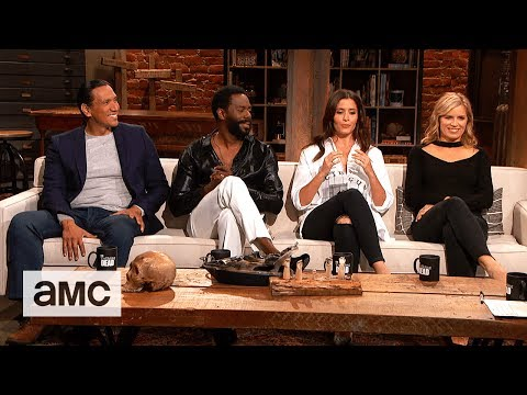 Talking Dead: 'Shooting in the Desert & Undressing Mishaps' Highlights Ep. 722