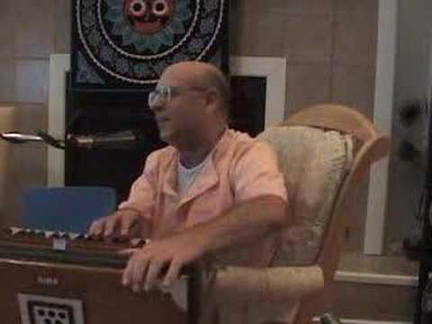 HH Hridayananda Goswami - Bhajan
