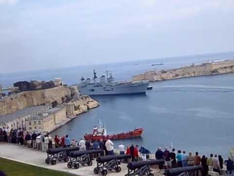 HMS Illustrious Malta 2008