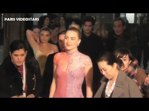 VIDEO Saoirse RONAN @ Paris 12 december 2019 LITTLE WOMEN red carpet avant premiere