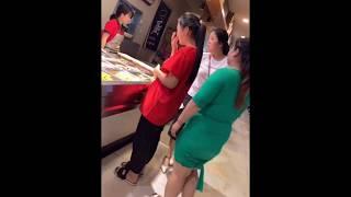 Asian BBW in Buffet