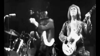 SLADE - GUDBUY T JANE LIVE in 75