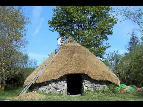Roundhouse Thatching