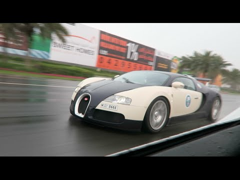 Racing a Bugatti in the Rain !!!
