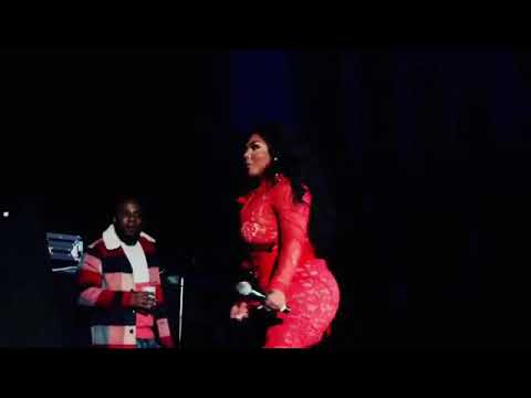 Lil Kim- Quiet Storm HD Atlantic City! ( Hardcore Voice)