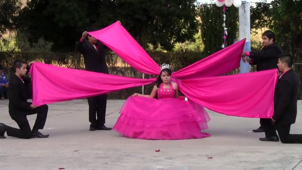 Quince Anos: Mis Quince Años Jenny Carucheo Mich 2012