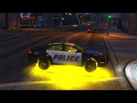 Человек Паук катается на Полицейской Машине и Вертолете Spider-Man Drive Police Car and Helicopter