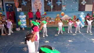 Coreografía De Niños Muevo Mis Pañuelos Youtube