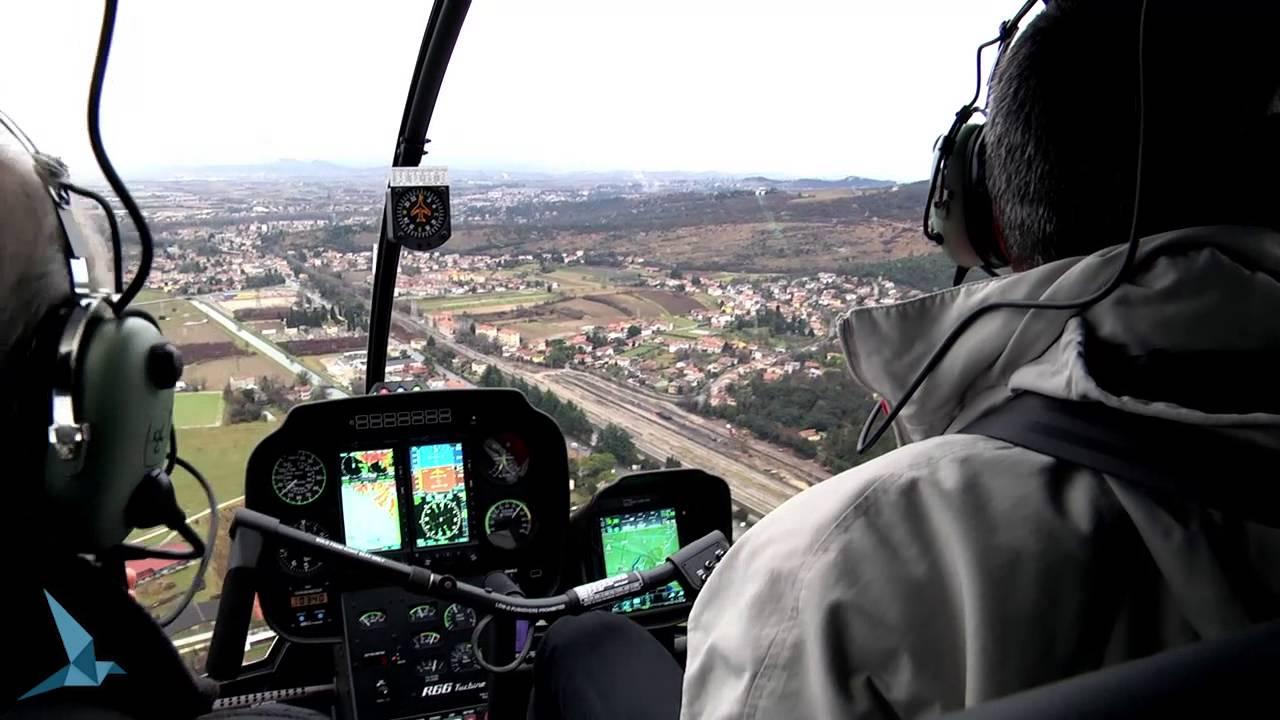 Elicottero R66 : Il nuovo robinson r arriva in italia con elifriulia youtube