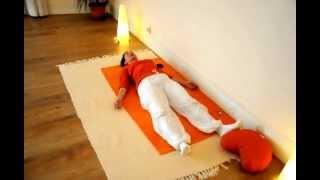 Saludo al sol en el Centro de Yoga Satyananda  Palma de Mallorca