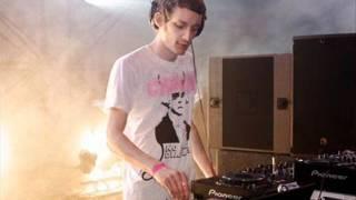 The Whip - Secret Weapon (Alex Metric Remix)