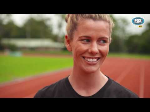 Rugby Kick and Chase : Hot Rod Challenge with Lara Pitt