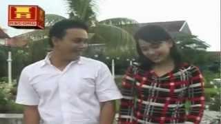 """Lagu Daerah Makassar """" Bolima Kamma Salasa """" Voc : Dian ekawati"""