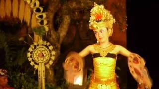 レゴン・ダンス(宮廷舞踊)