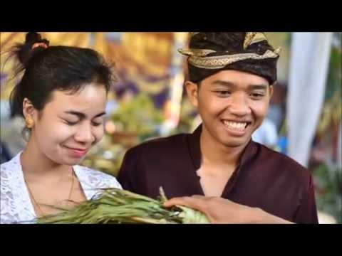 バリ人の結婚式 Balinese Wedding