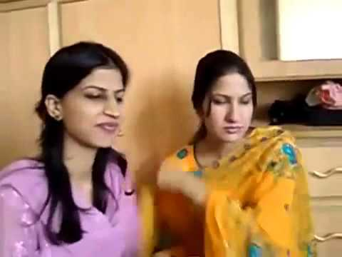 Pakistani College Girls And Boys Enjoying In Hotel Room