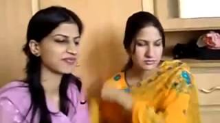 vuclip Pakistani College Girls And Boys Enjoying in Hotel Room