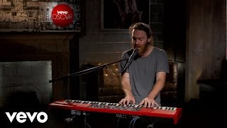 Chet Faker - Talk Is Cheap - Vevo dscvr (Live)