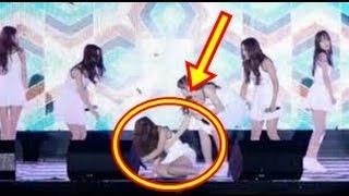 Artis girlband kpop G-friend jatuh terpeleset di panggung - sampai 5 kali jatuh