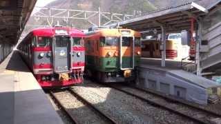 しなの鉄道 169系 S52編成(湘南色) 戸倉 発車 [HD]