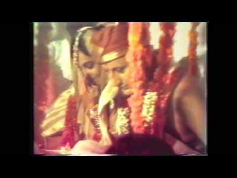 Anupam kher and kiran kher's Marriage