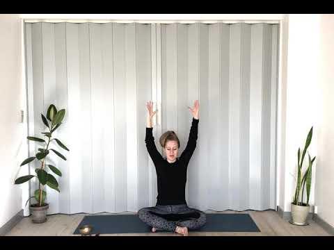 Yoga: Søndagspraksis efter weekend i haven
